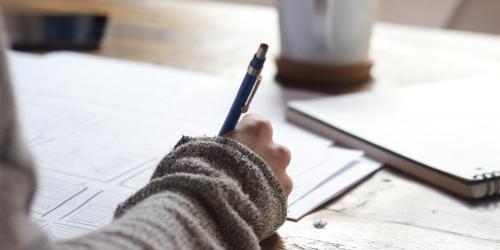 Écrire sous contrainte pour libérer ses pensées